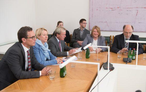 Majanduskomisjon kohtus Baieri liidumaa parlamendi avaliku teenistuse komisjoni delegatsiooniga. Foto: Erik Peinar / Riigikogu Kantselei