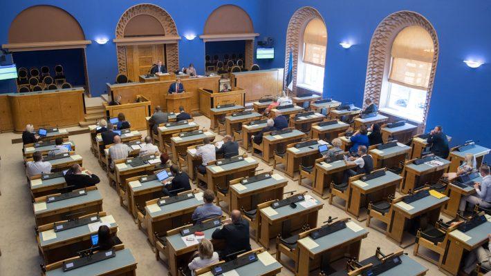 Riigikogu arutab VEB Fondi