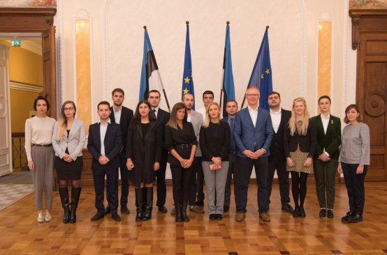 Riigikaitsekomisjoni esimees Hannes Hanso kohtub Gruusia diplomaatidega