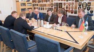 Riigikaitsekomisjon rõhutas kohtumisel Valgevene kolleegidega ausa dialoogi vajadust
