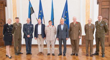 Riigikaitsekomisjoni liikmed kohtusid rahvusvahelise reservohvitseride konföderatsiooni (CIOR) eesistujamaa Suurbritannia CIOR presidendi kolonel Chris Argentiga