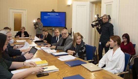 Väliskomisjoni erakorraline istung