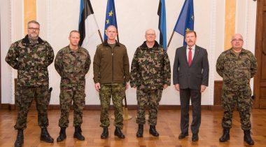 Riigikaitsekomisjoni liige Johannes Kert kohtus Šveitsi Kaitseväe juhataja kindralleitnant Philippe Rebordiga