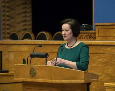 """Maria Mägi-Rohtmets. Olulise tähtsusega riikliku küsimuse """"Rahapesu tõkestamise probleem"""" arutelu. Foto: Erik Peinar / Riigikogu Kantselei"""
