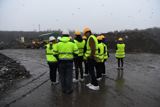 Keskkonnakomisjon väljasõiduistungil jäätmejaamas