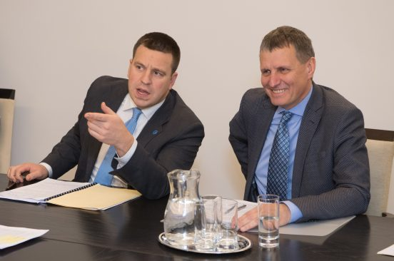 Peaminister Jüri Ratas ja Euroopa Liidu asjade komisjoni esimees Toomas Vitsut