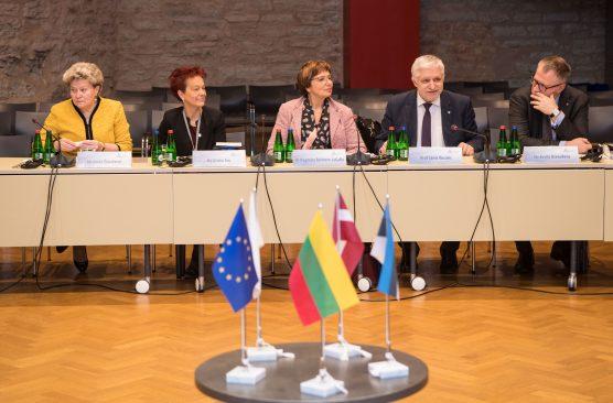 Balti Assamblee komisjon arutab Tallinnas teadus- ja haridusküsimusi. Foto: Erik Peinar