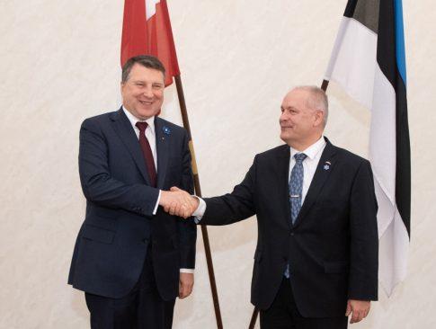 Riigikogu esimees Henn Põlluaasa ja Läti president Raimonds Vējonis