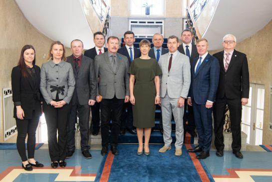 Riigikaitsekomisjon kohtus Vabariigi Presidendi Kersti Kaljulaidiga Foto: Erik Peinar