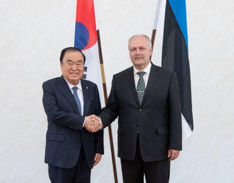 Korea Vabariigi Rahvusassamblee esimees Moon Hee-sangi ja Riigikogu esimees Henn Põlluaas