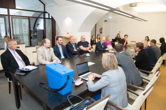 Euroopa Liidu asjade komisjoni istung. Foto: Erik Peinar