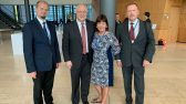 Eesti delegatsoioni liikmed koos OSCE Parlamentaarse Assamblee presidendi Georgi Tsereteliga