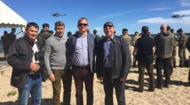 Riigikaitsekomisjoni liikmed õppuse Baltic Protector külalistepäeval Foto: Aivar Engel