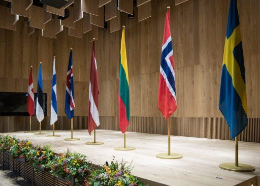 NB8 riikide lipud