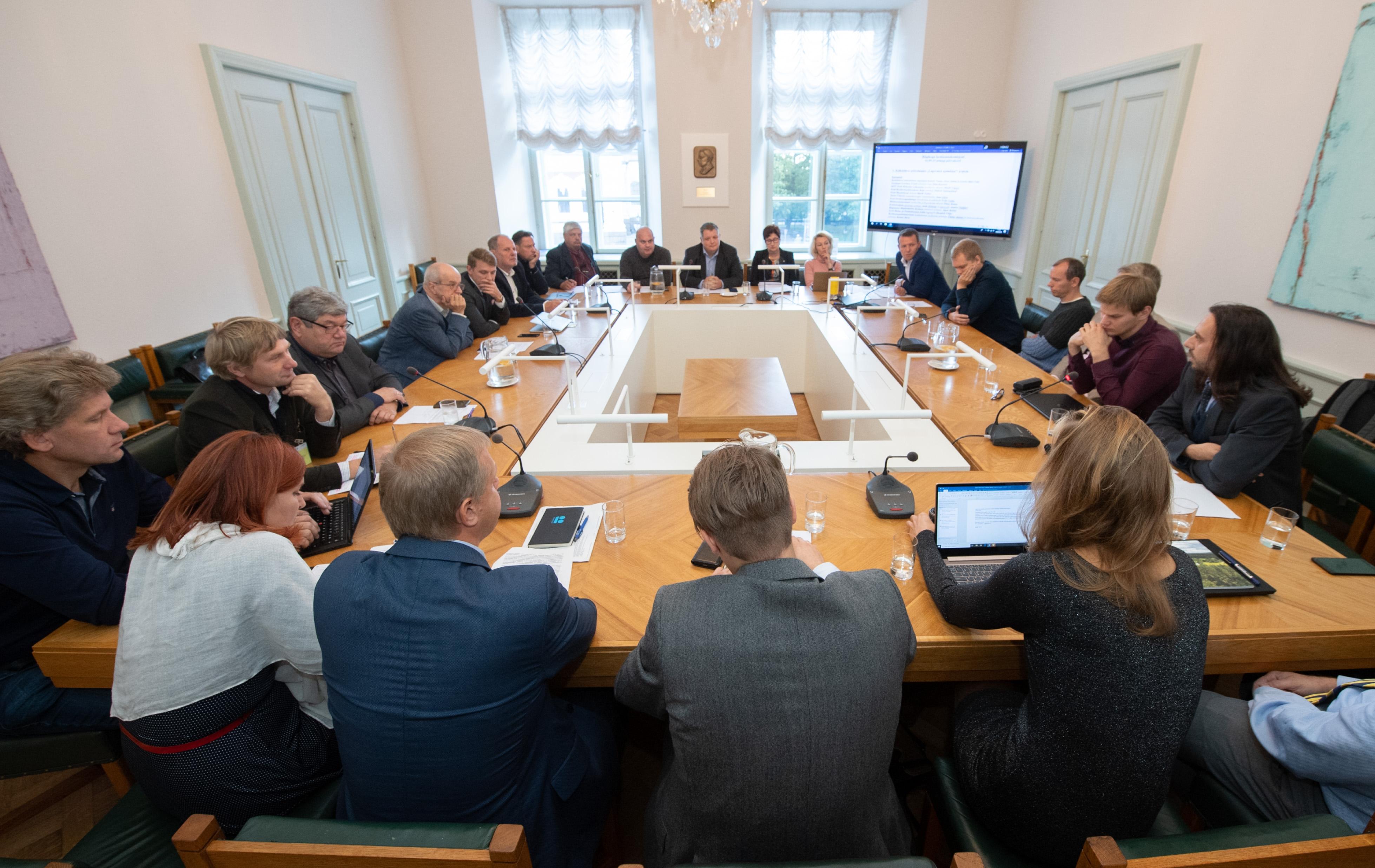 Keskkonnakomisjon arutas lageraietega seotud kollektiivset pöördumist