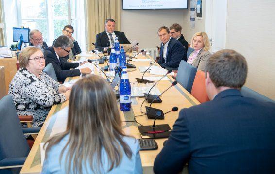Комиссия по экономике одобрила проект закона о развитии сферы космоса. Foto: Erik Peinar
