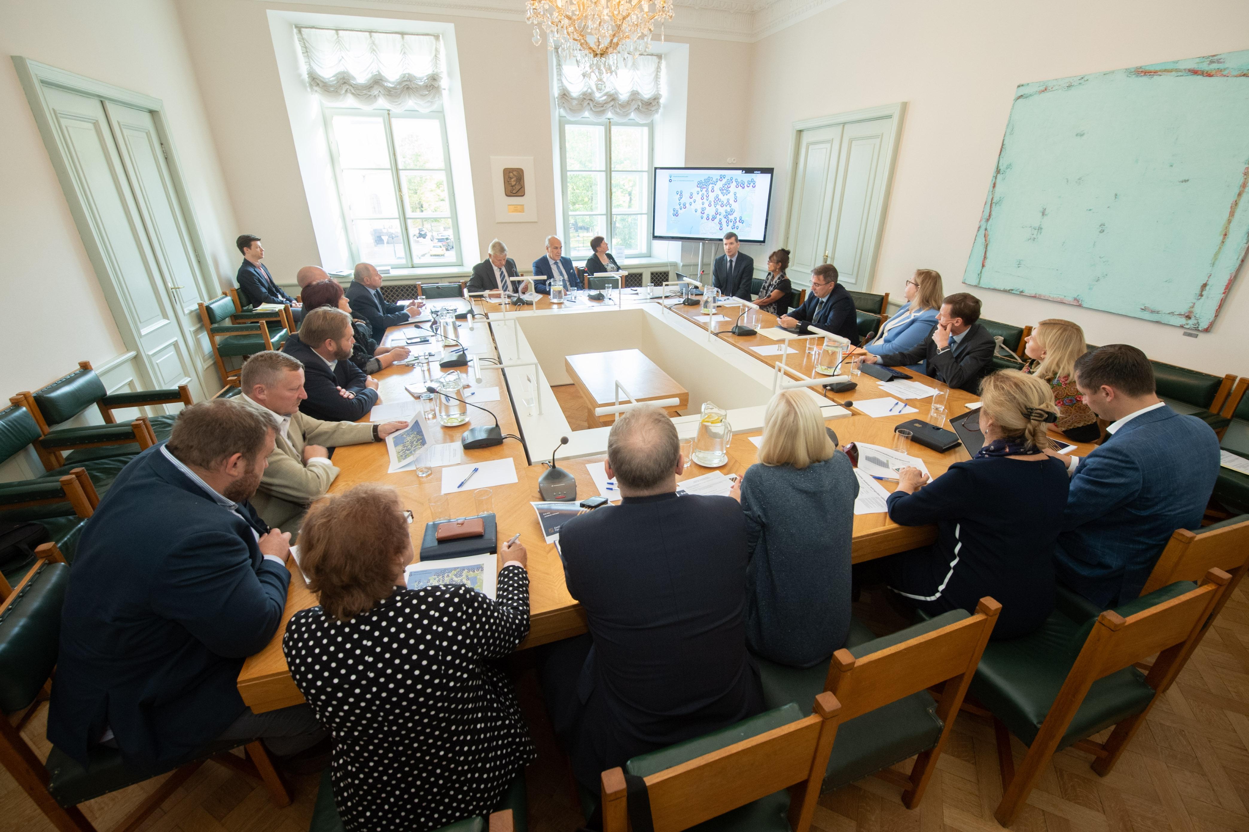 Maaelukomisjon ja rahanduskomisjon: maapiirkondades peab olema tagatud pangateenuste paindlik kättesaadavus