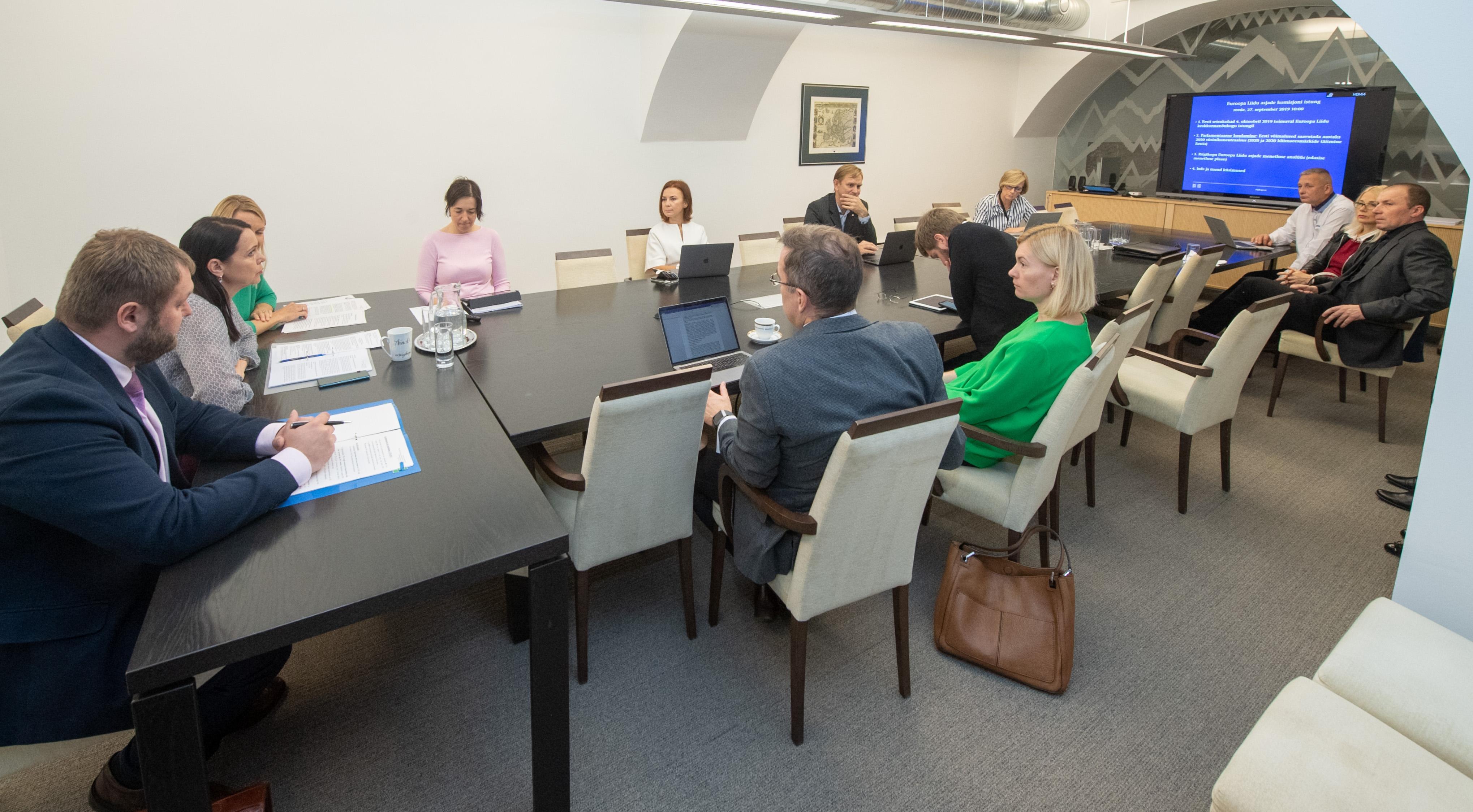 ELAK kuulas keskkonnaministri ülevaadet Eesti kliimaeesmärkidest