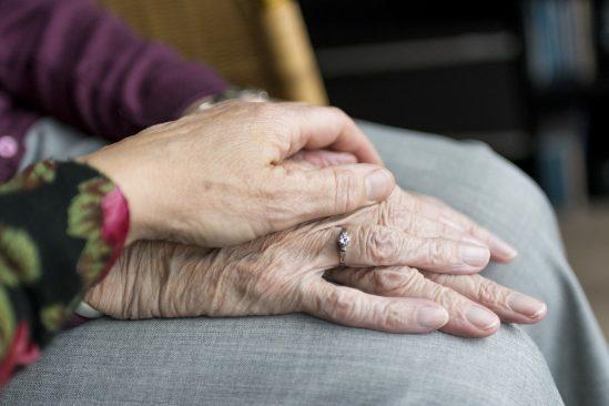 Riigikogus läbisid esimese lugemise pensionitõusuga seotud eelnõud. Foto: pixabay.com