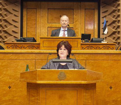 Kersti Sarapuu ja Siim Kallas