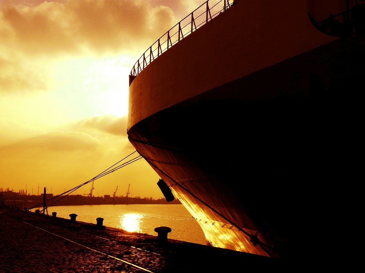 Majanduskomisjon astus järgmise sammu laevade Eesti lipu alla toomisel