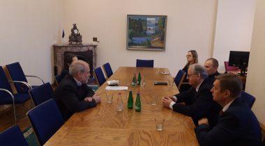 Leo Kunnas kohtumisel Richard Gowaniga väliskomisjonis