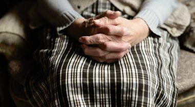 Aruanne toob elanikkonna vananemist silmas pidades välja tõsise mure pensioni- ja tervishoiusüsteemi jätkusuutlikkuse pärast. Pensionär. Foto: Pixabay