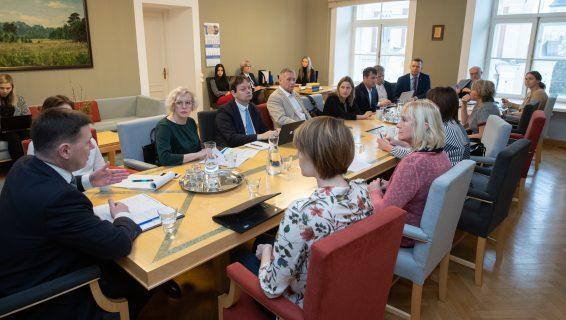 Põhiseaduskomisjon arutas valimisjaoskondade ligipääsetavuse parandamist