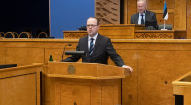 Justice of the Supreme Court Juhan Sarv took his oath of office in the Riigikogu. Photo: Erik Peinar