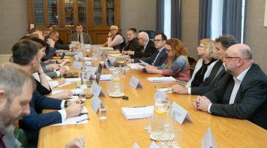 Riigikaitseseaduse arutelu riigikaitsekomisjonis