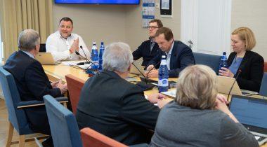 Комиссия по экономике одобрила поправки к Закону о жидком топливе. Foto: Erik Peinar