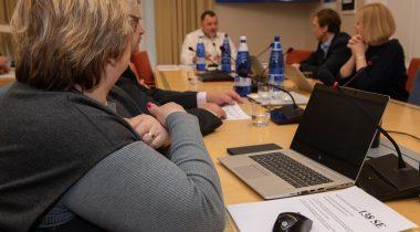 Комиссия по экономике направила законопроект о безопасности сетей связи на второе чтение. Foto: Erik Peinar