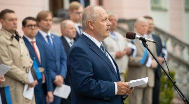 Riigikogu esimees Henn Põlluaas Eesti lipu päeval