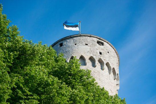 Eesti lipp Pika Hermanni tornis. Foto: Erik Peinar