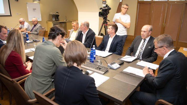 Riigieelarve kontrolli erikomisjoni istung. Foto: Erik Peinar