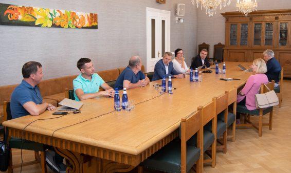 Riigikogu riigieelarve kontrolli erikomisjon ja korruptsioonivastane erikomisjon