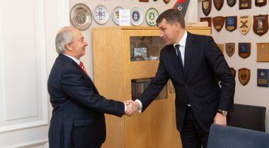 Riigikaitsekomisjoni esimees kohtub Türgi suursaadikuga. Foto: Erik Peinar