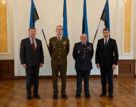 Riigikaitsekomisjoni esimees Andres Metsoja ja komisjoni liige Johannes Kert kohtusid NATO sõjalise komitee esimehe, õhuväe ülemmarssali Sir Stuart Peachiga