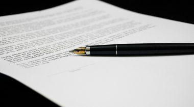 Dokument. Paber. Sulepea. Foto: Pixabay