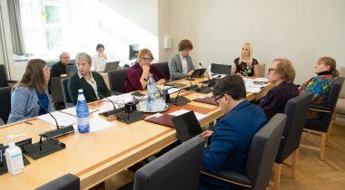 Комиссия по социальным делам направила на первое чтение законопроект об исключениях для больниц в отношении лекарственных препаратов. Foto: Erik Peinar