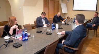 Специальная комиссия обсудила риск коррупции на предстоящих выборах. Foto: Erik Peinar
